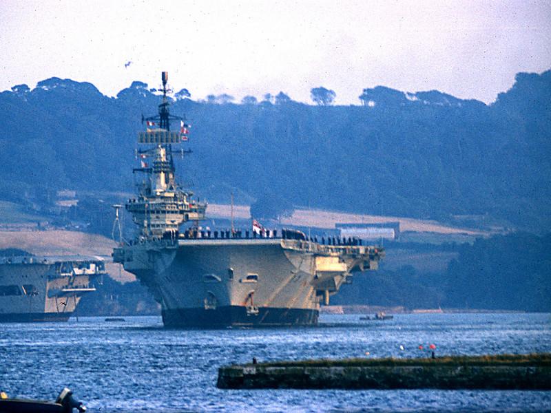 HMS Hermes 1973/4